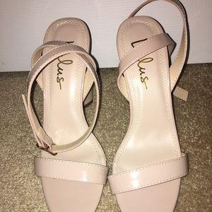 dcdaedbf1ab572 Lulu s Size 8 Nude Block Heels Brand New